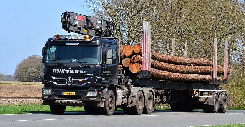 R&W Transport vrachtwagen